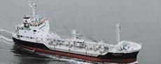 油送船兼液体化学製品ばら積船
